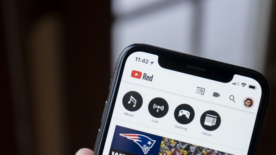 add download button to youtube app